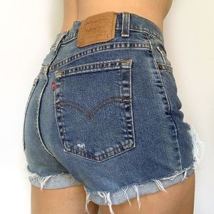 Levi's | 512 High Rise Distressed Mom Jean Shorts